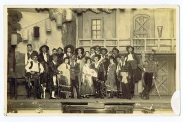 Cast Photograph, Carmen, Negishi Company production, Kinryu kan, 1922. Courtesy of the Taito-ku Shitamachi Museum, Tokyo.